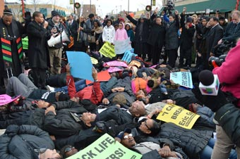 die-in-protest-79thstreet-12-07-2014--340w-photo-by-annette-whitworth