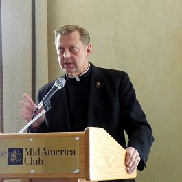 Portrait of Rev Pfleger at the Mid America Club 2680px by 1780px